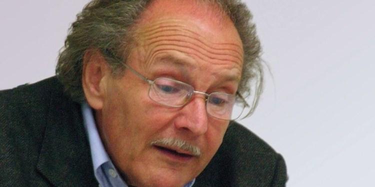 """Peter Kurzeck bei einer Lesung 2005. Dieses Jahr erschien """"Bis er kommt"""", sein Romanfragment."""