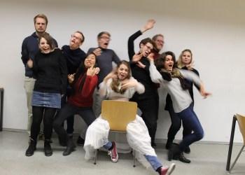 "Heidelbergs selbsternannte erstbeste Theatergruppe – ""Die ARTbacken"" . Fotos: Sophia Thoenes"