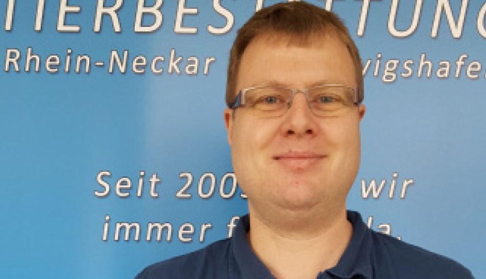 Adrian Schmitt ist Tierbestatter in Ludwigshafen. Foto: Adrian Schmitt