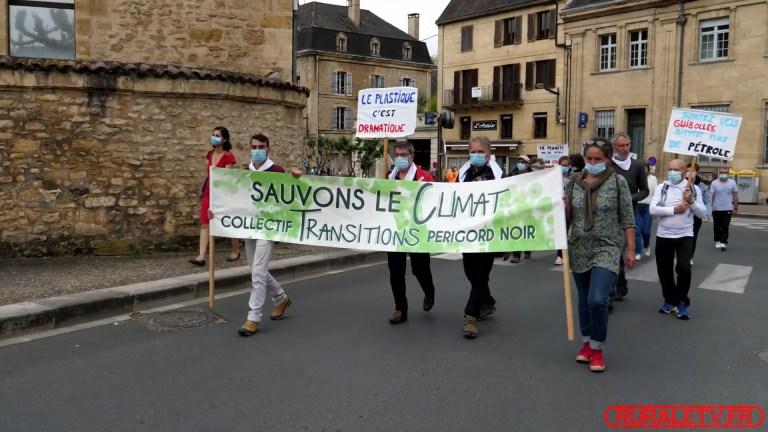 Marche pour le climat le 9 mai 2021 à Sarlat