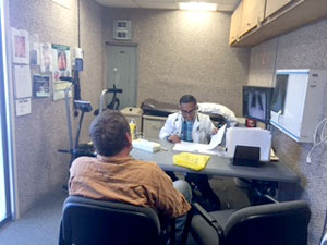 provder meeting with a patient