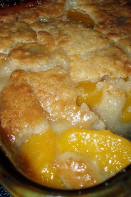 Rural Mom Peach Cobbler