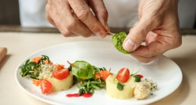Top 7 Qualities of an Exceptional Chef