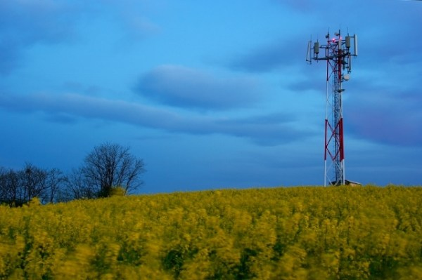 Congress Directs FAA to Adopt Rural Tower Lighting