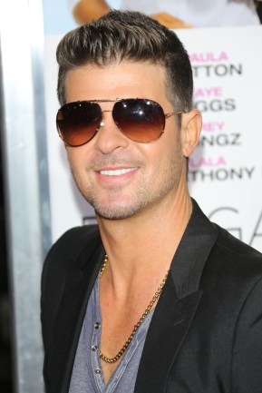 Robin Thicke LOOK 3