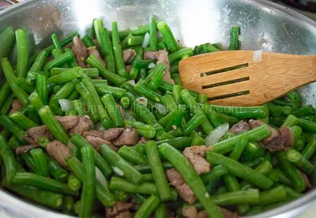 Sauteed Green Beans With Pork 11