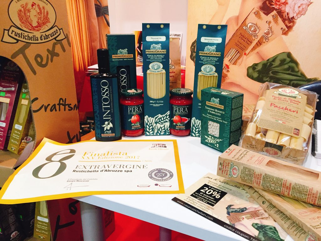 Sol&Agrifood Vinitaly 2017 Verona Veronafiere Gianluigi Peduzzi Maria Stefania Peduzzi Rustichella d'Abruzzo Abruzzo TRITICUM Senatore Cappelli Saragolla Organic Flours Orecchiette 100% organic PrimoGrano Tomato Pear from Abruzzo INTOSSO Buyer agro foods ancient durum wheats United States Germany United Kingdom China Russia Japan Northern Europe the Netherlands Belgium Brazil Panama Senegal