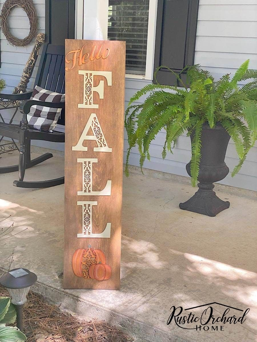 Make a quick and easy Fall Porch Leaner with this DIY Kit!