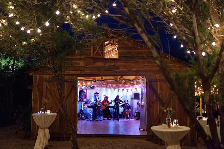 Top Barn Wedding Venues Texas Rustic Weddings