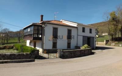 CASA INDEPENDIENTE EN SAN PEDRO DEL ROMERAL. Ref 1882 V