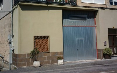 LOCAL COMERCIAL EN RENEDO. Ref. 1905A