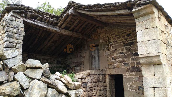 CABAÑA CON FINCA EN SAN PEDRO DEL ROMERAL. Ref 2379 V
