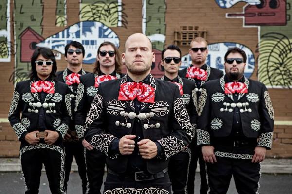 Mariachi El Bronx – Música Muerta (White Drugs)