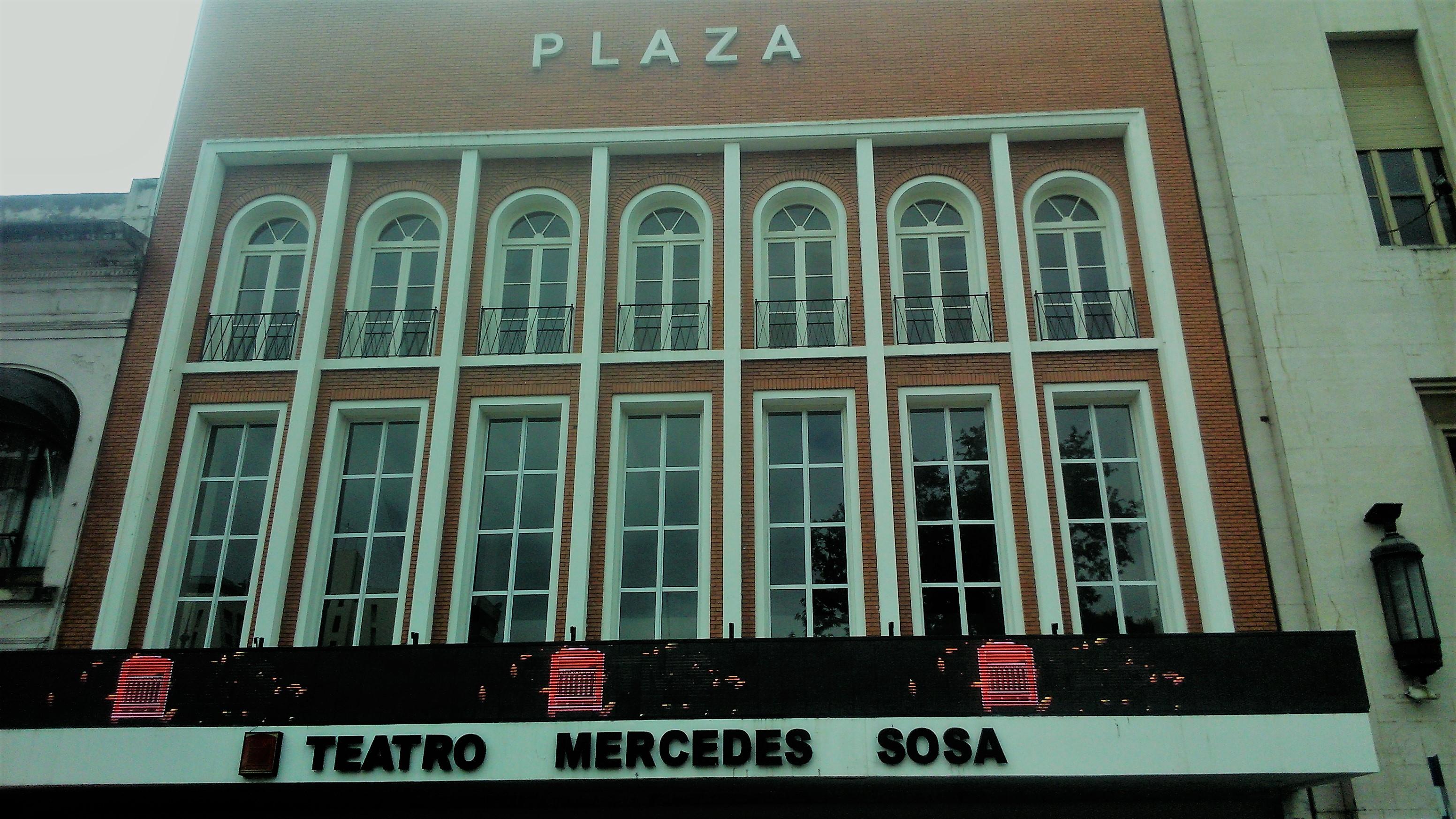 Teatro Mercedes Sosa, frente a la plaza Independencia - Tucuman