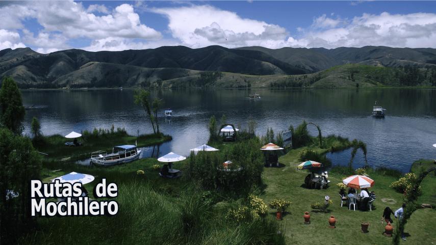Laguna de Paca - Vista Panoramica