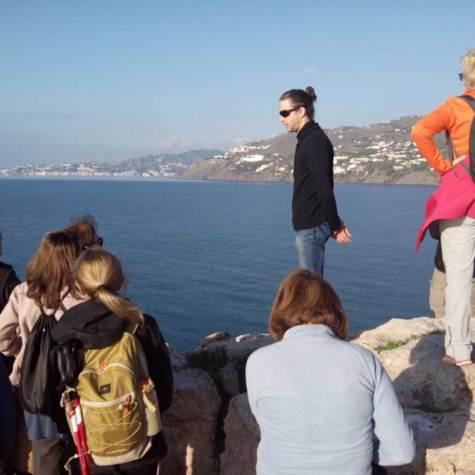 senderismo-junto-al-mar-costa-tropical-rutas-pangea