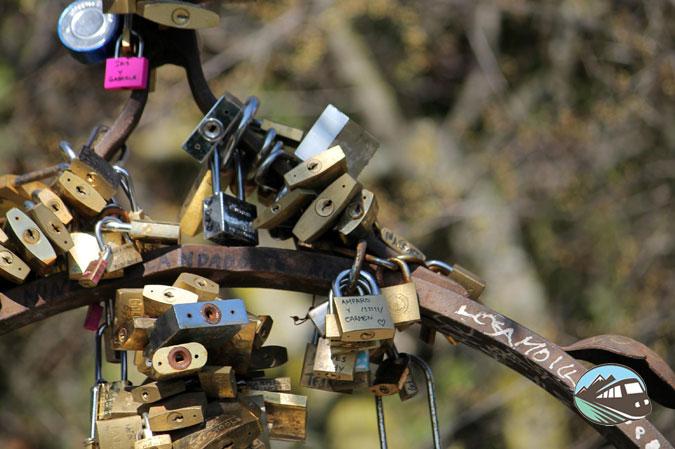 Candado en el pozo del huerto de Calixto y Melibea – Salamanca