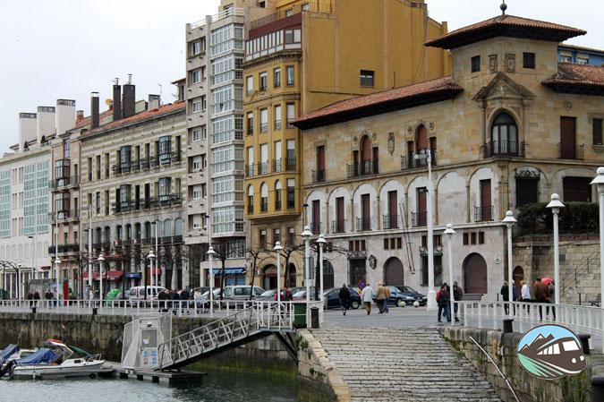 Paseo marítimo en Gijón