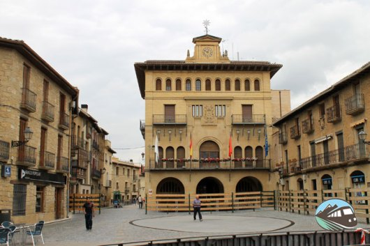 Plaza Mayor de Olite
