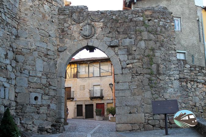 Puerta de San Ginés de Miranda de Castanar