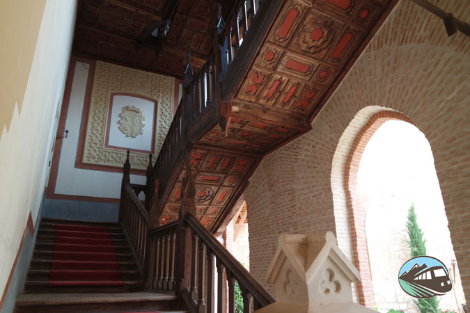 Escaleras – Castillo de Belmonte