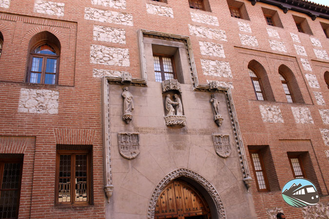 Fachada de La Latina – Medina del Campo