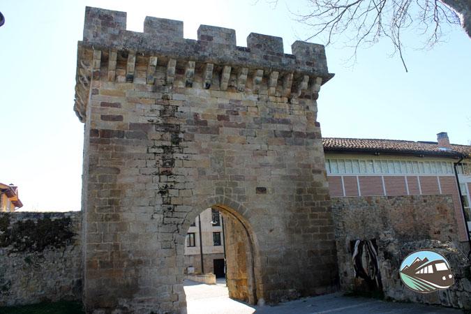 Puerta del Paseo Real – Aguilar de Campoo