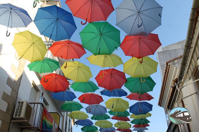 Paraguas de colores - Malpartida de Cáceres