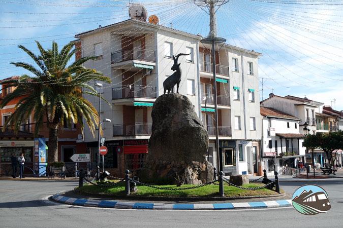 Escultura cabra montesa - Candeleda