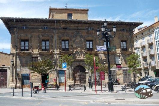 Palacio de la Plaza de la Cruz