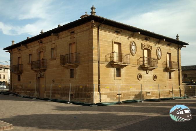 Palacio de Pobes
