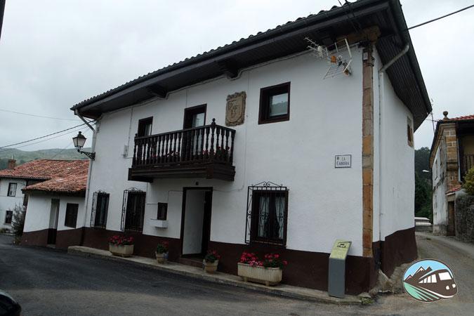Casa de Rivero y Bustamante