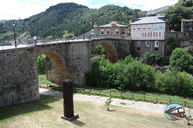 Puente medieval - Villafranca del Bierzo