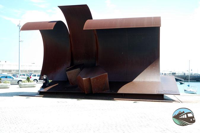 Escultura de la ola - Bermeo