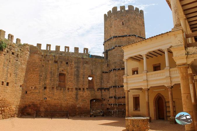 Castillo-Palacio de Altamira – Monteagudo de las Vicarías