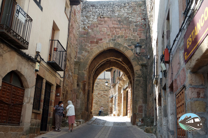 Arco de Arrebatacapas – Atienza