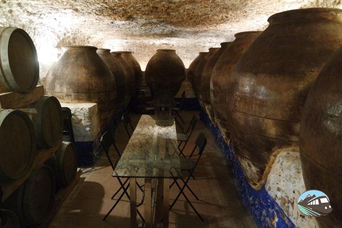 11 Ánforas - Ruta del Vino de Valdepeñas