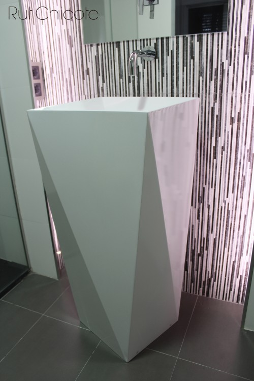 Lavabo-pedestal-baño