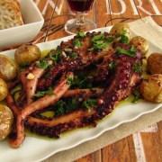 Hobotnica s krompirjem