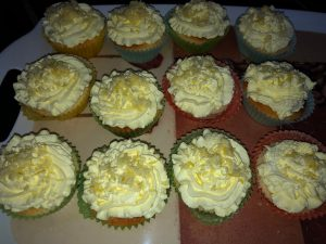 Read more about the article Zitronen Cupcakes