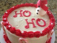 Get 1/2 off cupcake order at Kakealicious; 10% off cakes