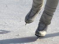 FREE Ice Skating Lessons at Ice Zone