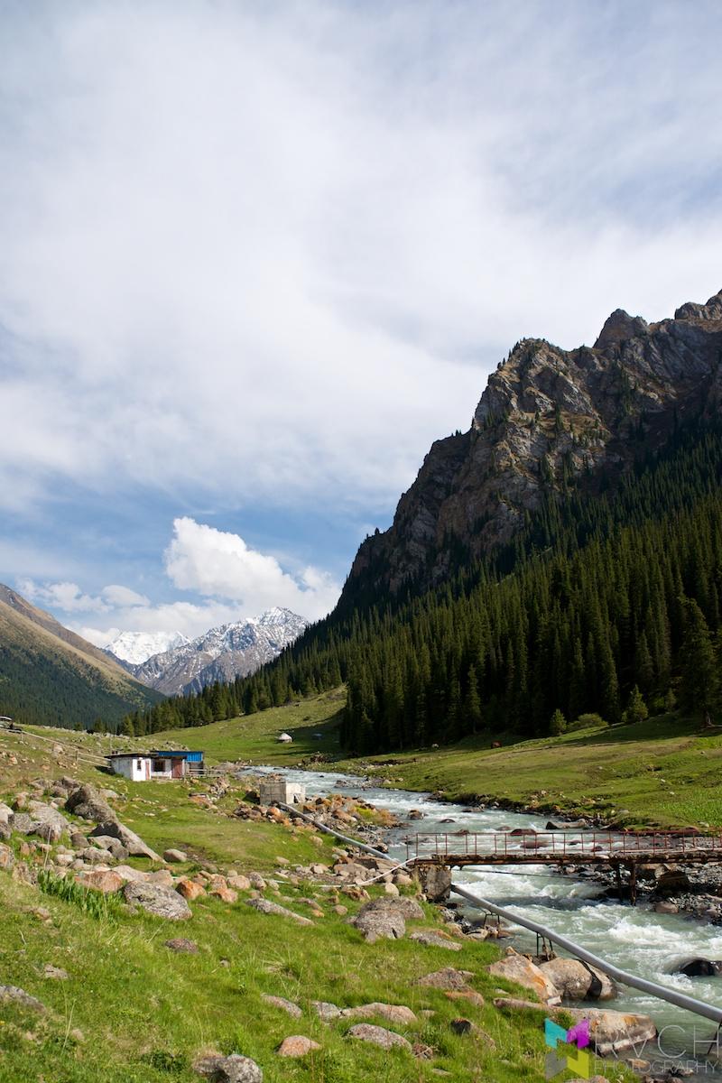 Altyn Arashan - Alpine Hot Springs
