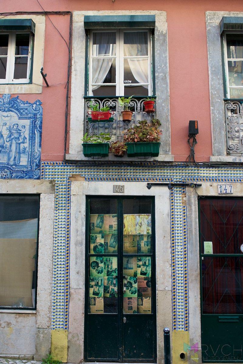 Lisbon-Alfama-Portugal-RCH_2157