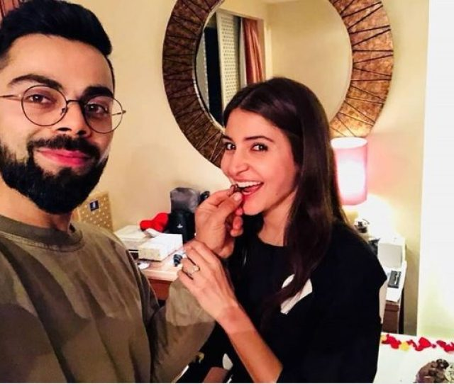 Anushka Sharma Finally Reacts To The Pregnancy Reports This Is What She Said