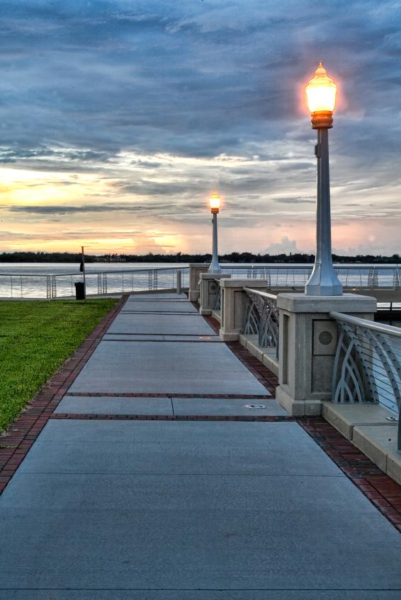 sidewalk in downtown Fort Myers