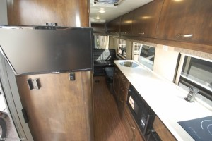 2017 Coachmen Galleria 24TD front to back