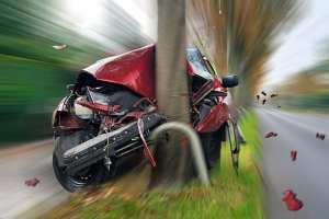 Car crash into a pole