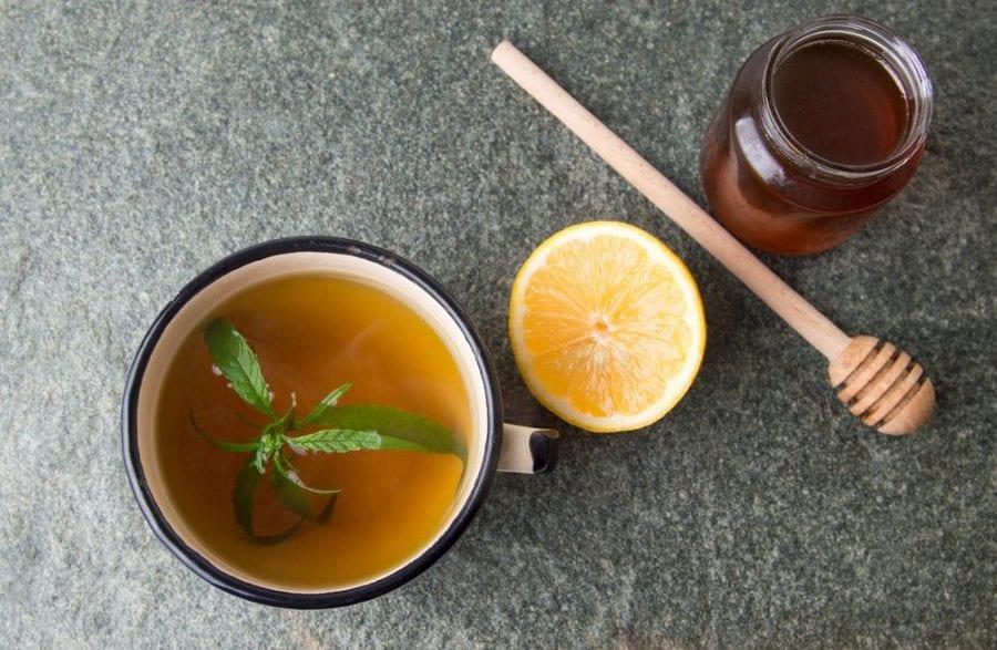 cold, cbd, thc, cannabis honey, DIY cannabis honey, cold meds, hot toddy, sore throat, tea, cold symptoms