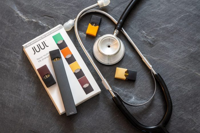 juul with stethoscope